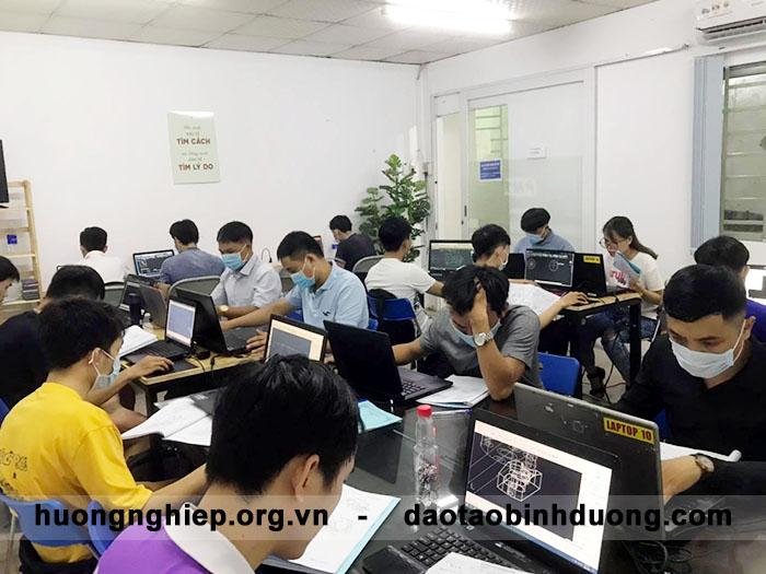 Top 3 trung tâm dạy tin học văn phòng tốt nhất tại Bình Dương 2