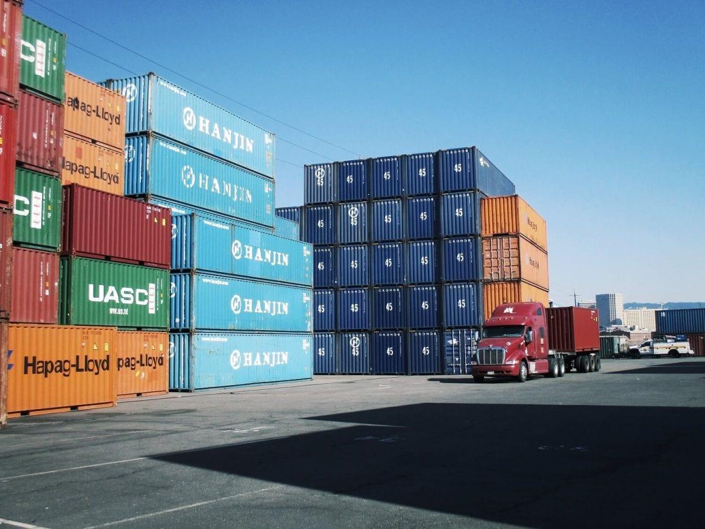 Hàng LCL trong xuất nhập khẩu là gì