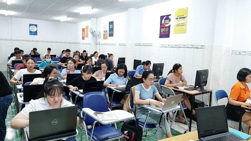 Trung tâm đào tạo kế toán Đồng Xoài Bình Phước UY TÍN
