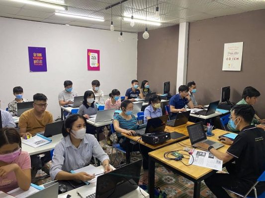 Trung tâm đào tạo xuất nhập khẩu ở Bình Phước